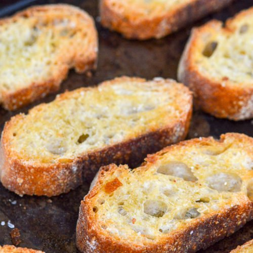 crostini baguette sliced toasted